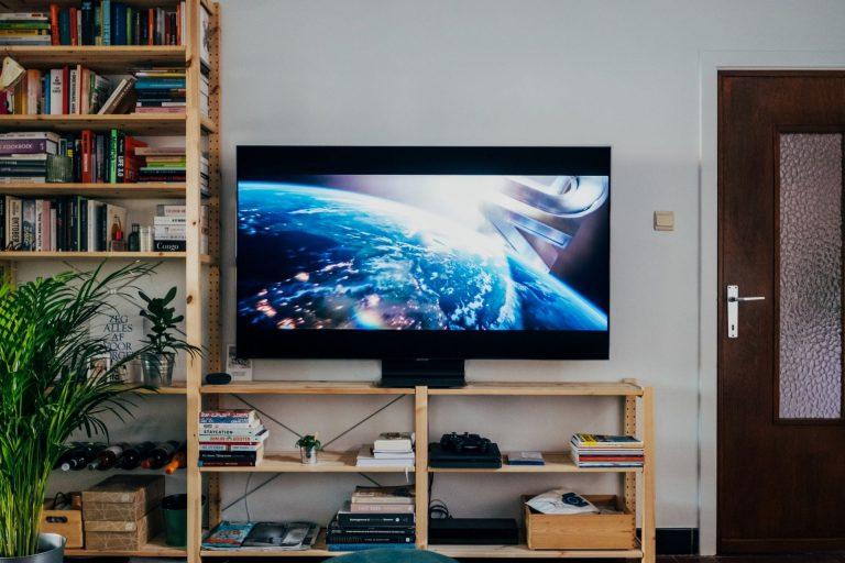 Best Smart TV Under 15000 In India (Updated 2021)